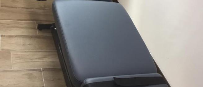 2018年7月 美國原裝進口 Leander LT950 電動升降擺腰頓壓床