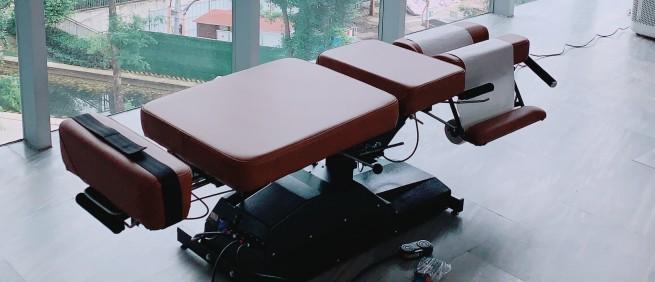 2019年5月 美國原裝進口 Leander 電動升降擺腰頓壓床